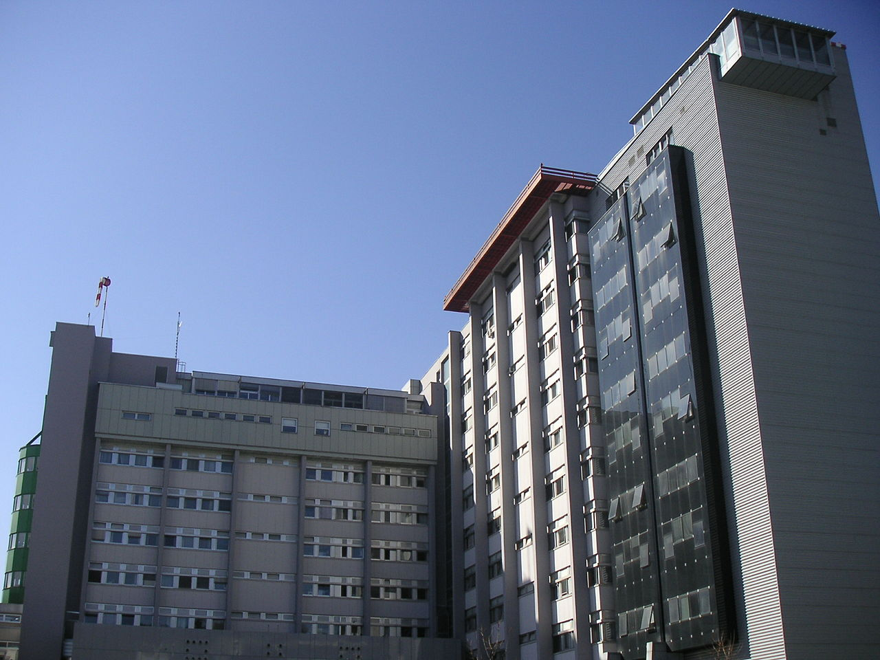Hospital graz surgical tower